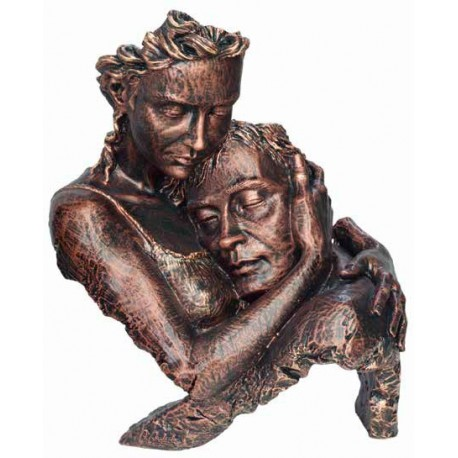 Esculturas figuras parejas y enamorados